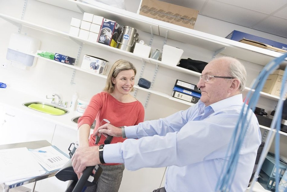 Respiratory assessment on exercise bike (PRNewsfoto/NIHR)