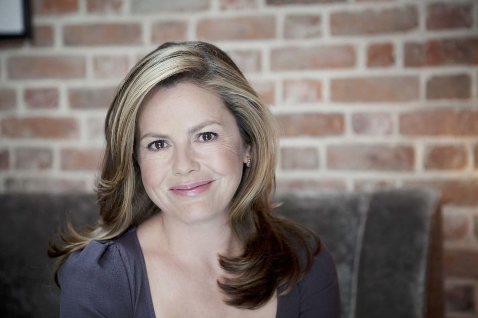 Liz Earle MBE (PRNewsfoto/Liz Earle MBE)