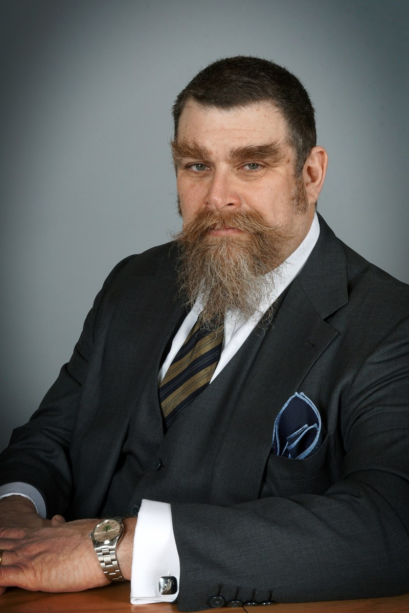 Mr. Leslie Bocskor