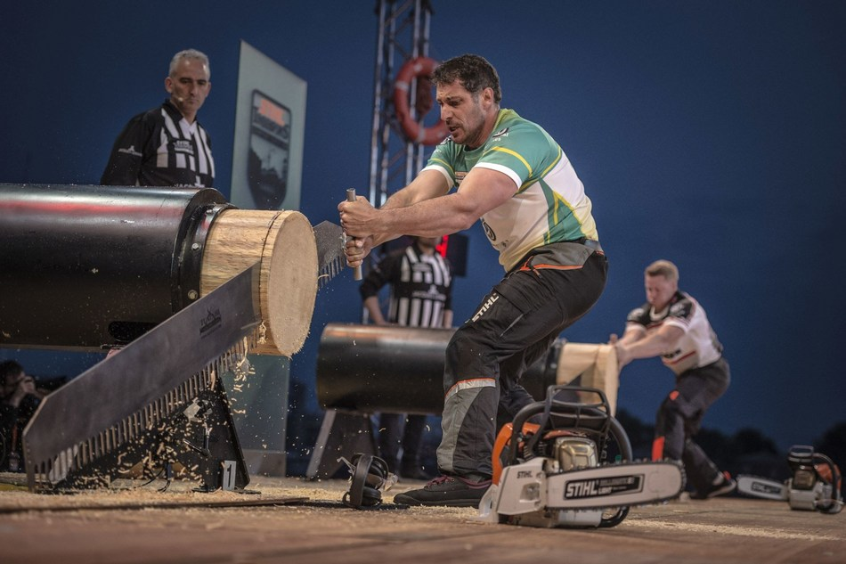 Brad De Losa defeated Canada's Stirling Hart in the final. (PRNewsfoto/STIHL TIMBERSPORTS)