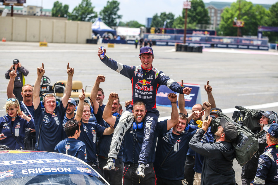 Eriksson and team celebrate hard-fought win in Louisville