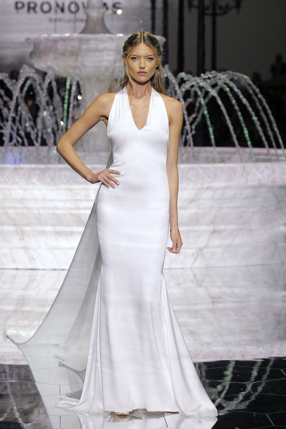 MARTHA HUNT at the PRONOVIAS FASHION SHOW in Barcelona with the ROMA dress from the 2018 ATELIER PRONOVIAS COLLECTION