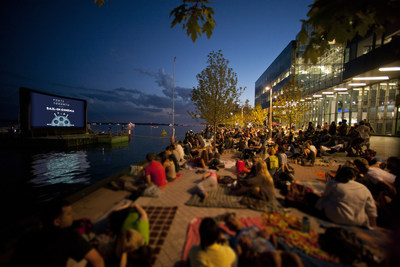 """Celebrating its seventh year, PortsToronto's Sail-In Cinema has grown to become a """"not-to-be-missed"""" summer outing for the entire family. (CNW Group/PortsToronto)"""