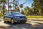 2017 Chrysler Pacifica Hybrid Wins Top Honor as Overall 'Best Family Car' From the Greater Atlanta Automotive Media Association