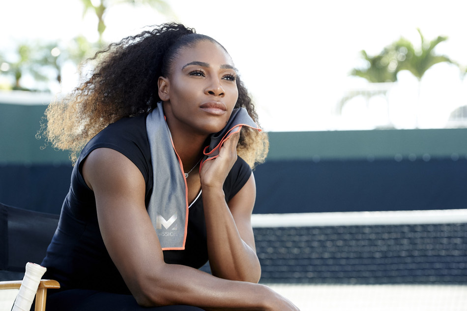 Serena Williams with her MISSION HydroActive Max Instant Cooling Towel