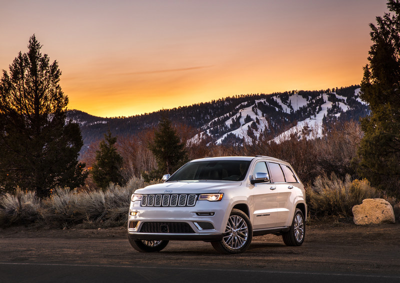 2017 Jeep® Grand Cherokee Named NEMPA's Official Winter Vehicle of New England