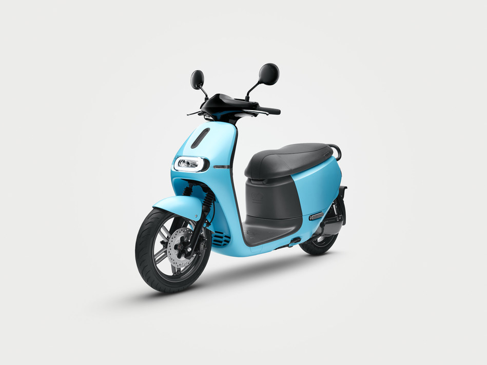 New Gogoro 2 extends Gogoro's Smartscooter family to an even broader audience.