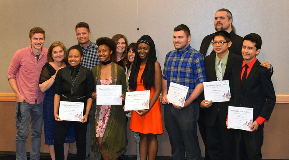 The AkzoNobel Human Cities scholarship award recipients celebrate their achievements with the Leaders of the Future board members