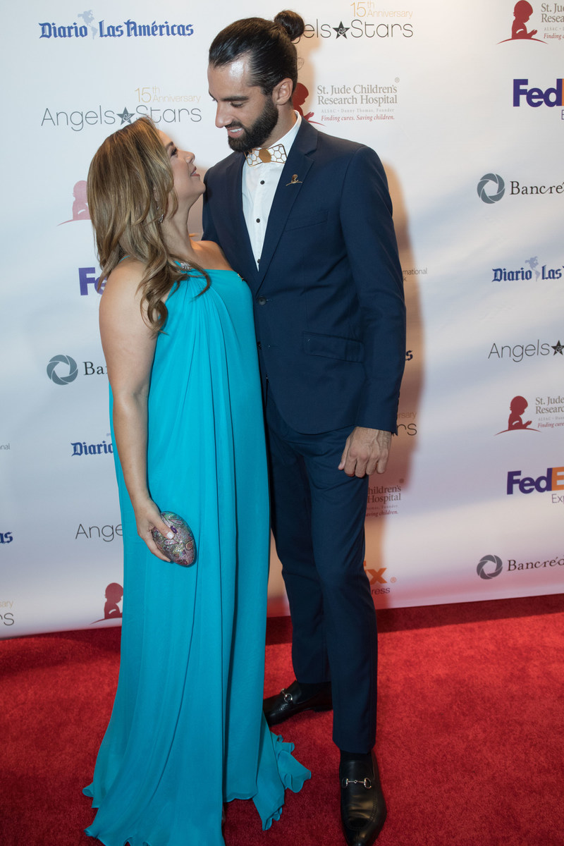 Honoree Adamari Lopez & Toni Costa attend the 15th annual FedEx St. Jude Angels & Stars Gala in Miami on Saturday May 20th (PRNewsfoto/St. Jude Children's Research Ho)