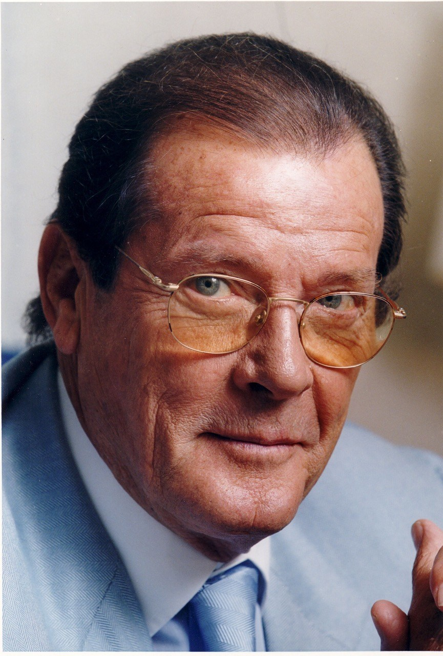Sir Roger Moore served as Special Advisor to the Angiogenesis Foundation and was involved with its global health and disease prevention programs.