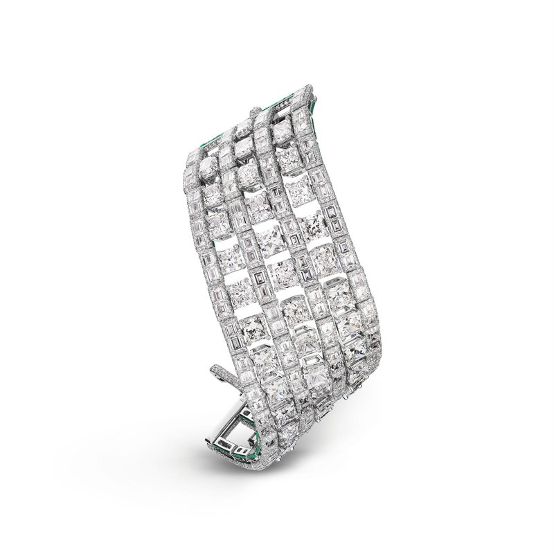 de GRISOGONO High Jewellery Bracelet set with white diamonds (40055_01) (PRNewsfoto/de GRISOGONO)