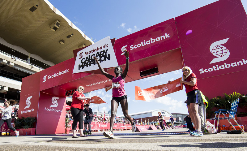Gladys Tarus took first place for the women in the Scotiabank Full Marathon with a time of 2:42:15. (Photo credit Dave Holland) (CNW Group/Scotiabank)