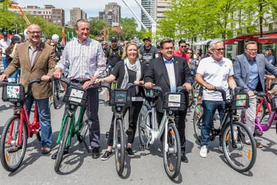 De gauche à droite : M. Aref Salem, M. Richard Payette, Mme Marie Elaine Farley, le maire de Montréal M. Denis Coderre, M. Alain Gignac et M. Philippe Schnobb. (Groupe CNW/Bixi Montréal)