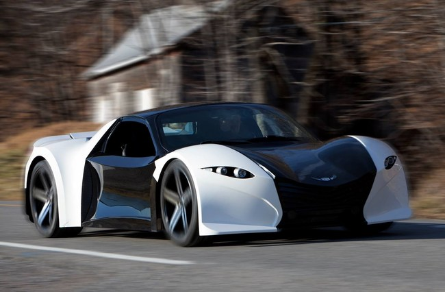 Lightning fast Tomahawk electric sports car (CNW Group/Dubuc Motors)