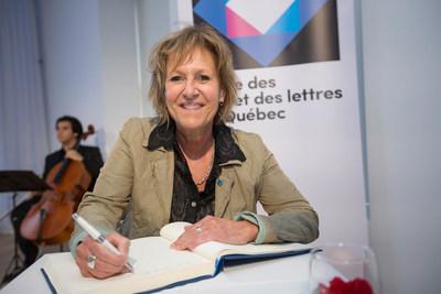 Lorraine Pintal, récipiendaire de l'Ordre des arts et des lettres du Québec, lors de la cérémonie de remise organisée par le Conseil des arts et des lettres du Québec le 29 mai 2017. Crédit photo : Alexandre Claude. (Groupe CNW/Conseil des arts et des lettres du Québec)