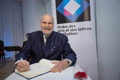 Vincent Warren, récipiendaire de l'Ordre des arts et des lettres du Québec, lors de la cérémonie de remise organisée par le Conseil des arts et des lettres du Québec le 29 mai 2017. Crédit photo : Alexandre Claude. (Groupe CNW/Conseil des arts et des lettres du Québec)