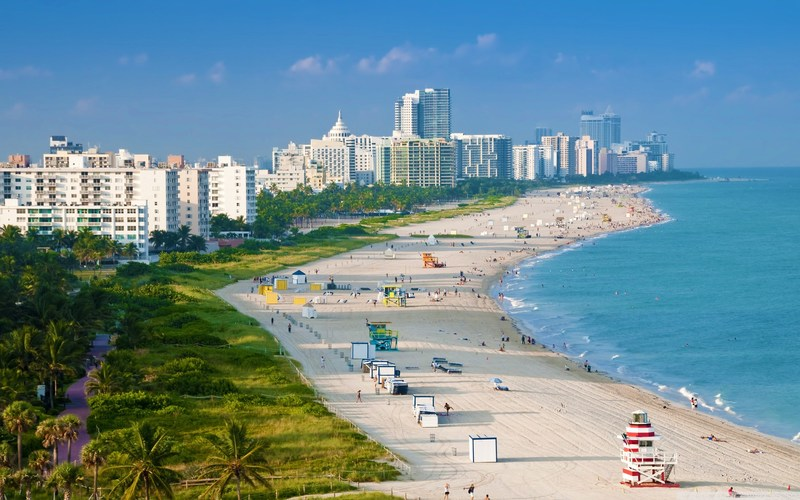 Miami Beach invites travelers to enjoy hotel seasonal summer offerings at discounted prices