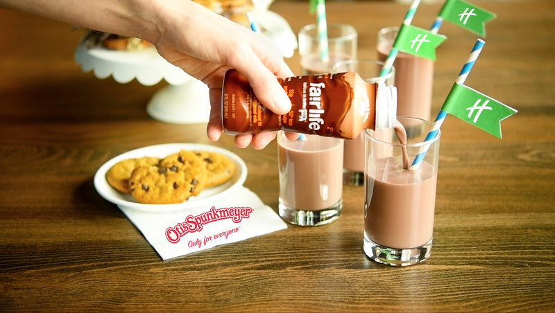 This June, select Holiday Inn hotels in the U.S. will host a complimentary Chocolate Milk Happy Hour, offering parents and kids an unforgettable take on the classic afternoon snack.