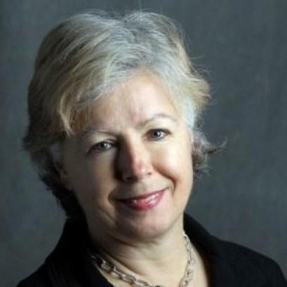 Elizabeth Payne of the Ottawa Citizen. (CNW Group/Canadian Public Relations Society)