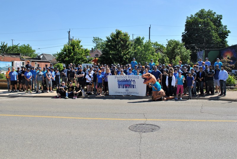 Hiram Walker & Sons employees return to historic Ford City community for 7th annual Responsib'All Day. (CNW Group/Hiram Walker & Sons Limited)