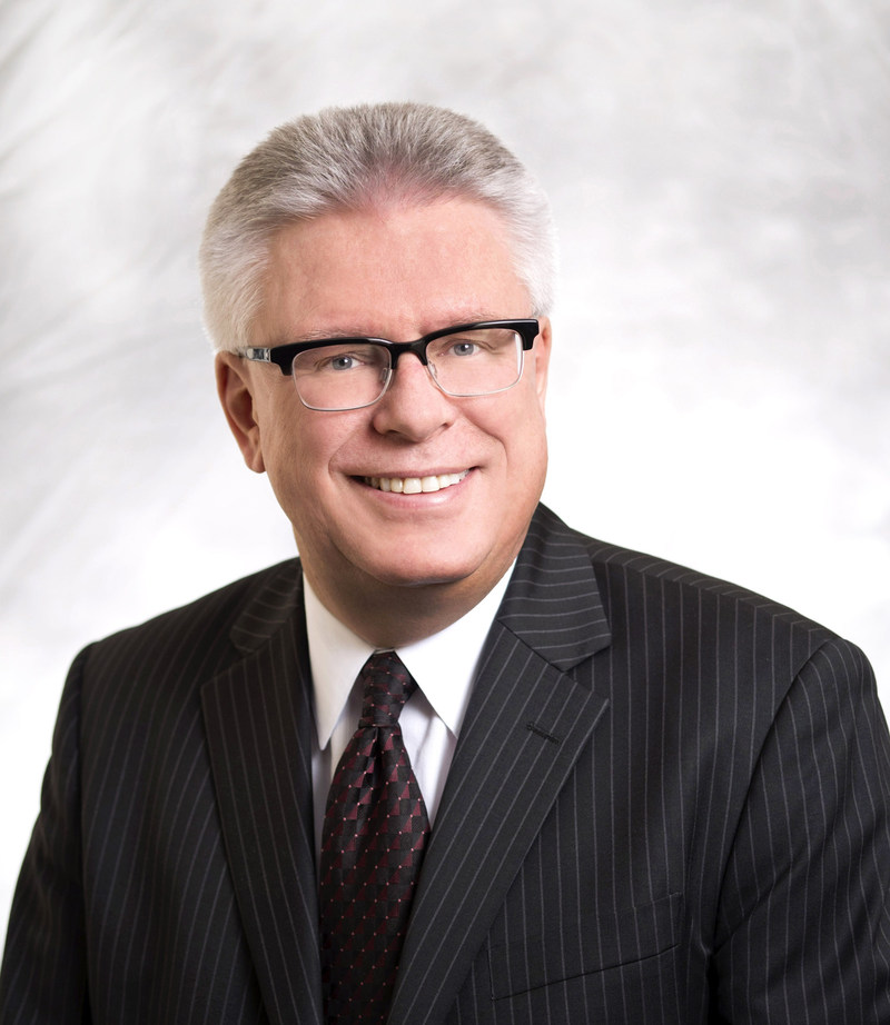 R. Bruce Reynolds, FCIArb. (CNW Group/Borden Ladner Gervais LLP)