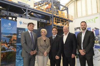 From left to right : Steve Whettingsteel, President, Krysteline Technologies, Maryse Vermette, CEO, Éco Entreprises Québec, Pierre Paré, President and CEO, Machinex, Denis Brisebois, Chair of the Board, Éco Entreprises Québec, and Jean-Sébastien Daigle, CEO, Société VIA. (CNW Group/Éco Entreprises Québec)