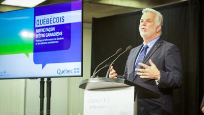 Québec, le 1er juin 2017. Le premier ministre du Québec, Philippe Couillard, a dévoilé la première Politique d'affirmation du Québec et de relations canadiennes « Québécois, notre façon d'être canadiens ». (Groupe CNW/Cabinet du premier ministre)