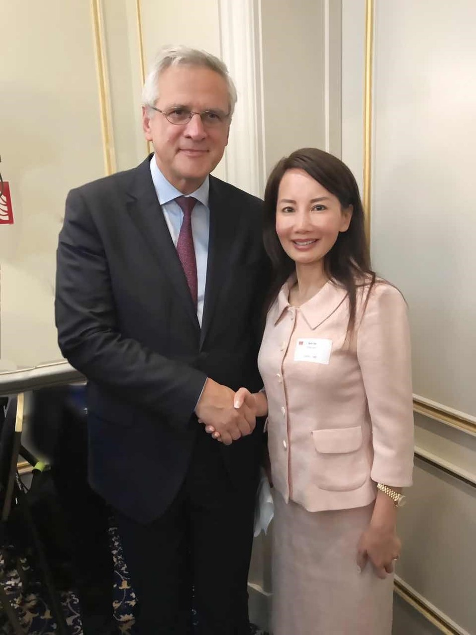 Jane met with Kris Peeters, Belgian Deputy Prime Minister and Minister of Economy and Employment