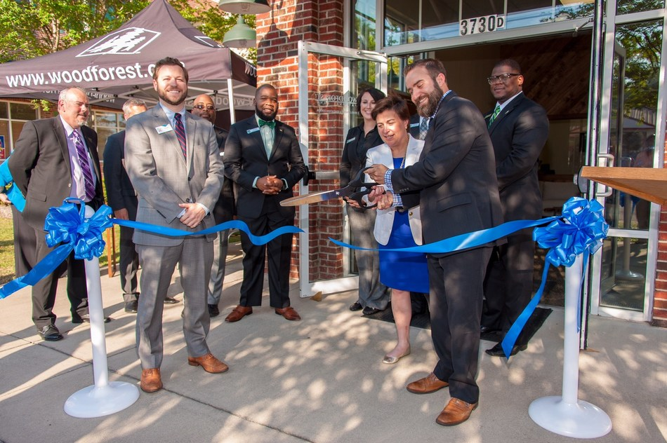 Woodforest National Bank Community Development and Education Center opens in North Main