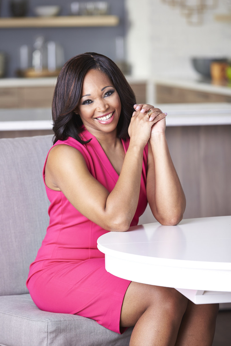 Tracy Moore, host of Cityline. Rogers Media Signs Deals with U.S. Broadcasters for Cityline Syndication, this Fall (CNW Group/City)