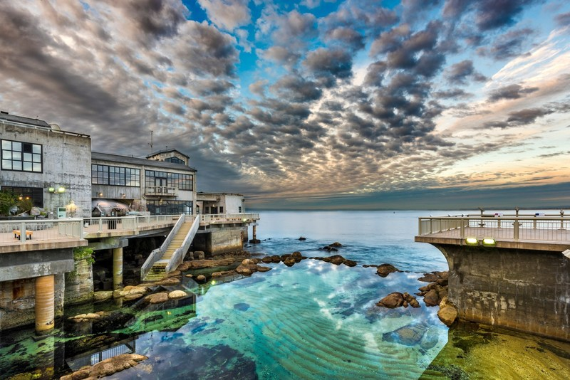 Sunset over the Great Tide Pool at the Monterey Bay Aquarium. ©Monterey Bay Aquarium