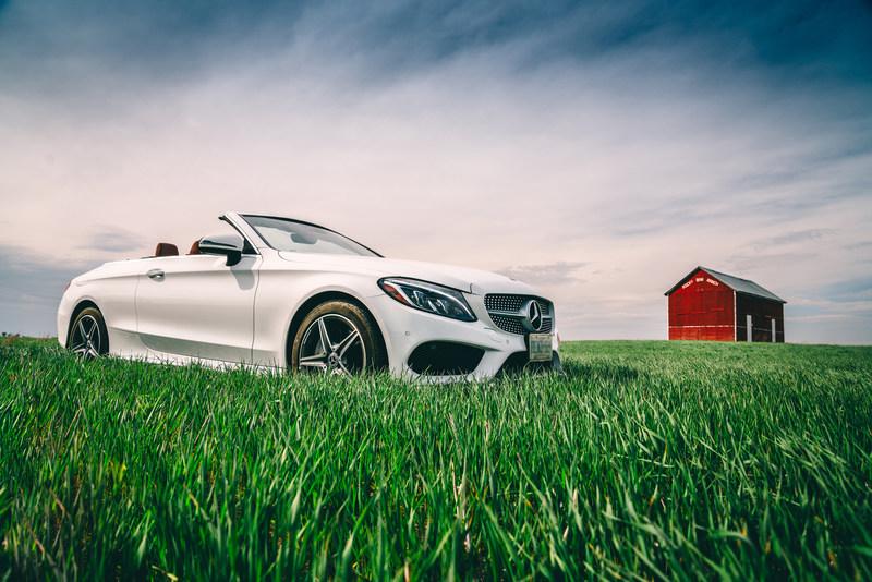 En mai, la compagnie a enregistré des ventes particulièrement bonnes pour la Berline de Classe E (80,8 %), les modèles de Classe S (59,2 %) et la famille toujours aussi populaire de véhicules de Classe C (10,4 %). (Groupe CNW/Mercedes-Benz Canada Inc.)