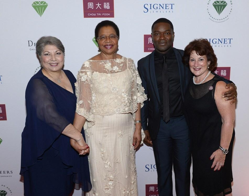 Diamond Empowerment Fund President Anna Martin with Diamonds Do Good Honorees Her Excellency Graca Machel, Actor and Social Justice Advocate David Oyelowo, Helzberg Diamonds CEO Beryl Raff
