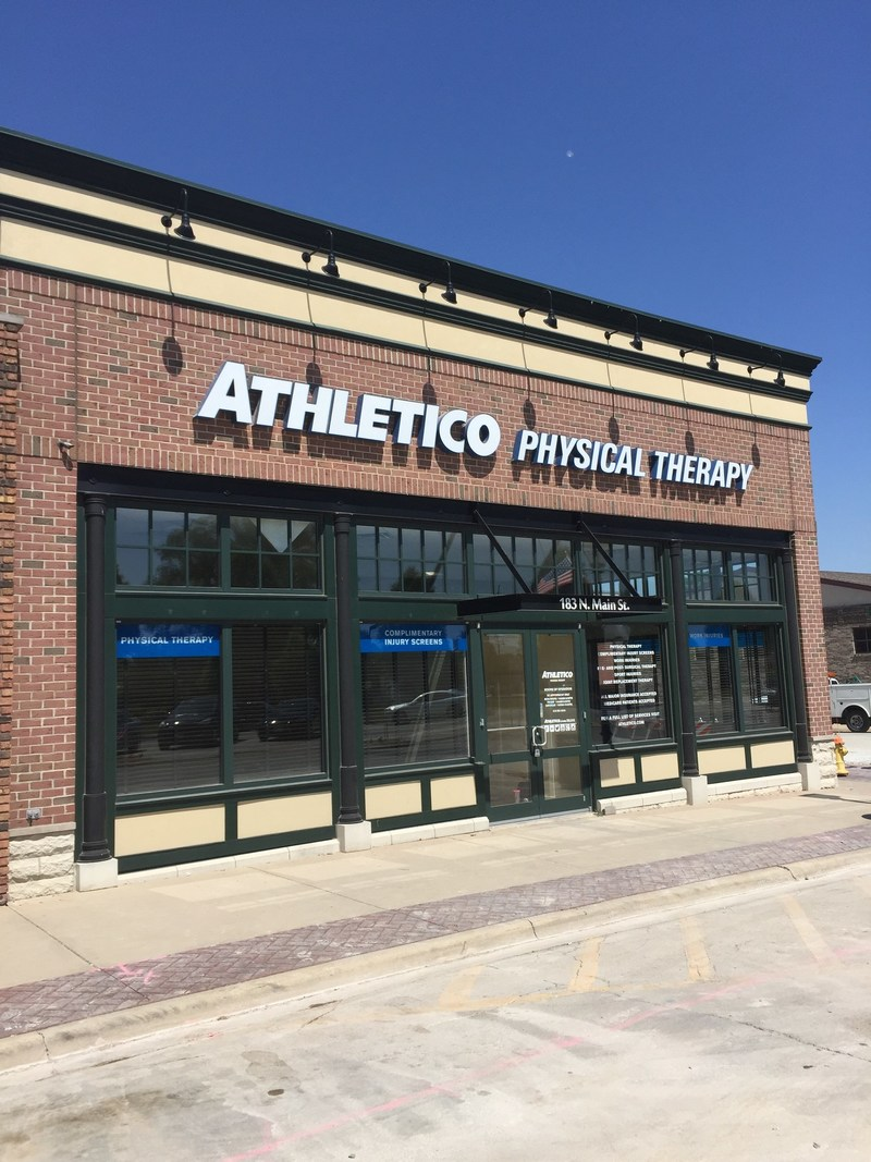 Athletico Manteno is conveniently located off of Main Street in downtown Manteno