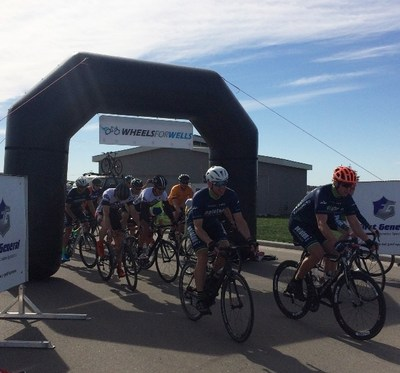 Over 250 cyclists took to the street raising $20,000 for clean water (CNW Group/World Vision Canada)