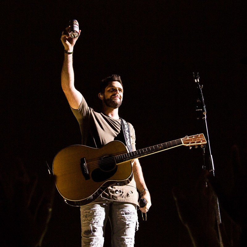 ACM Male Vocalist of the Year, Thomas Rhett, raises a cold one in new Budweiser TV Commercial celebrating summer.