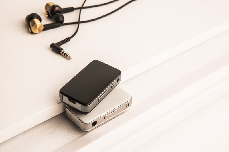 Radsone launches the EarStudio, the world's first Bluetooth receiver delivering 24bit studio-quality sound, on the crowdfunding platform kickstarter.