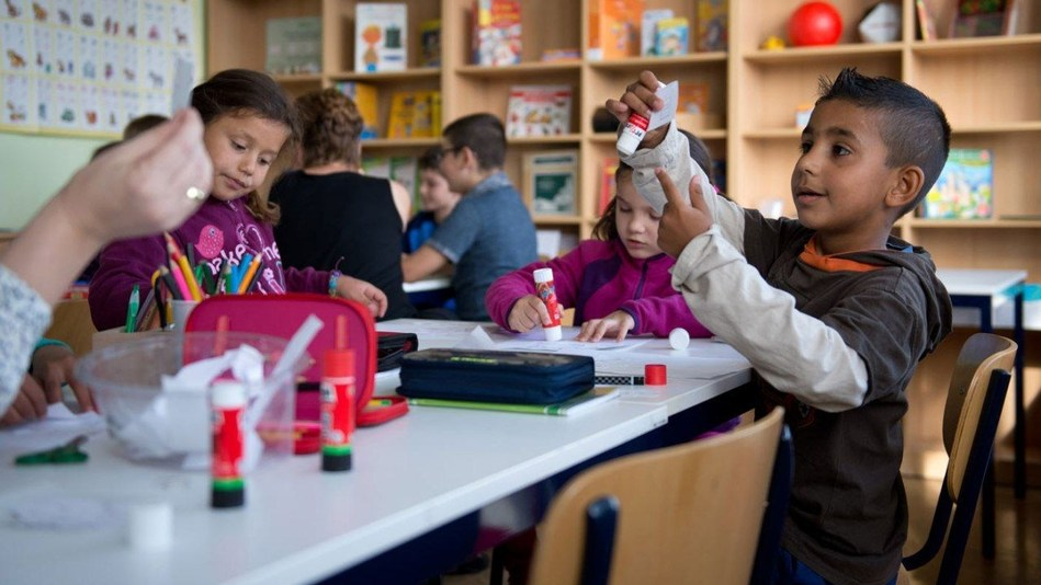 ESISC: German working parents' struggle for Kindergarten places (PRNewsfoto/ESISC)