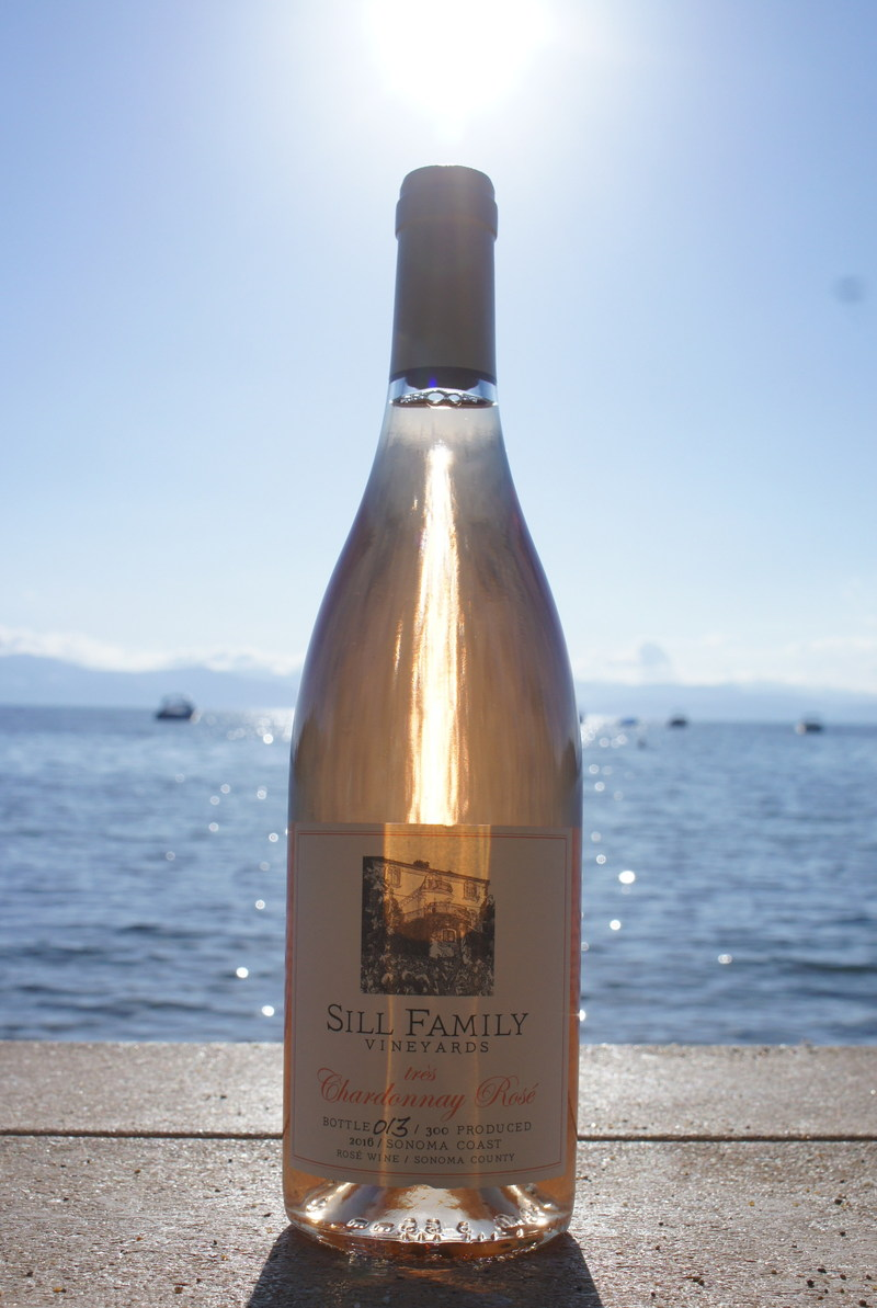 An Exquisite Summer Wine: très Chardonnay de Rosé