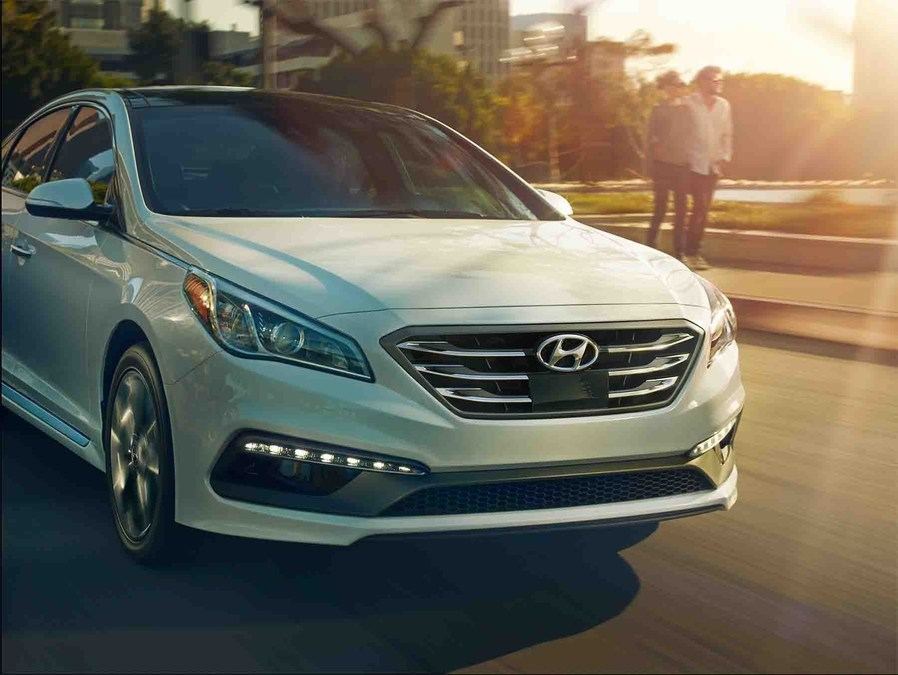 Hyundai sonata named best sedan on parents magazine and edmunds list of 10 best family cars of 2017