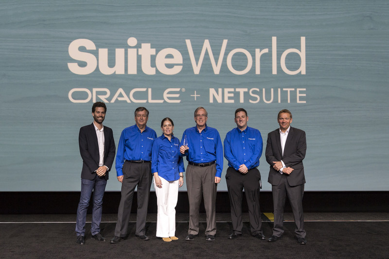 Pacejet Accepts the 2017 NetSuite SuiteCloud Partner of the Year Award
