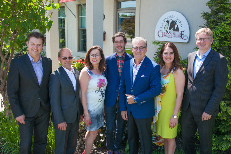From left to right : Mr Yves Girard, General Manager of Nutrinor coopérative, Mr Jean Lavoie, President of Nutrinor coopérative, Mr David Livernoche, son of Mr and Mrs. Livernoche, Mr Luc Livernoche and Mrs. Denise Lefebvre, Owners and founders of Fromagerie Champêtre, Ms Patricia Livernoche, Administrative and Human Resources Director of Fromagerie Champêtre and Mr Christian Roy, Associate Vice president Private Equity of Desjardins Venture Capital inc. (CNW Group/Nutrinor coopérative)