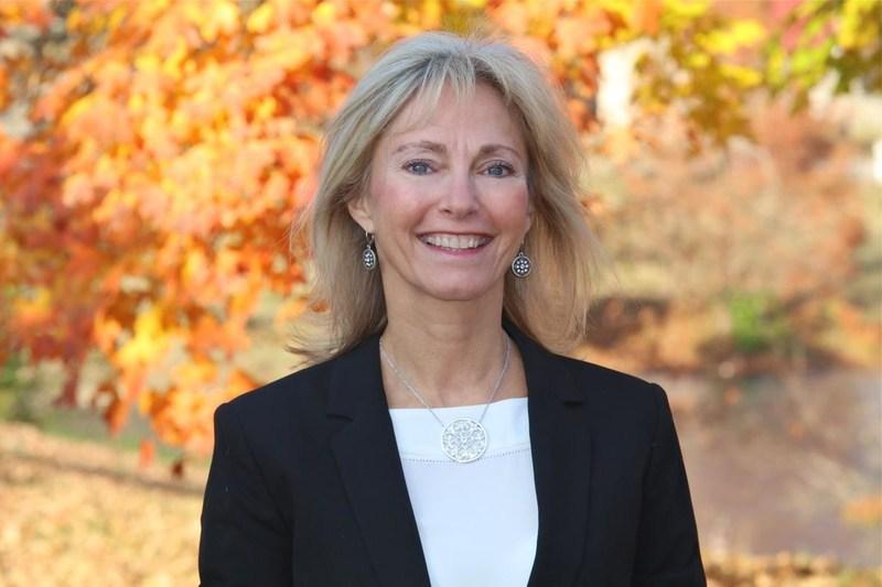 Rhonda Brewer, New RMC President