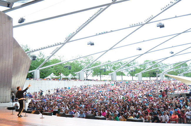The Chicago Mariachi Festival is the largest mariachi event in the U.S. attracting more than 18,000 patrons to Millennium Park.