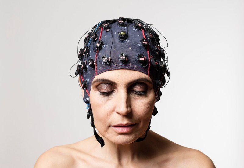 Electrodes measure brain activity to tell if a patient is conscious and, if so, to let them communicate via mindBEAGLE. Credit: Guger Technologies/Florian Voggeneder (PRNewsfoto/Guger Technologies OG)