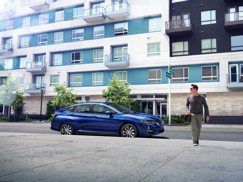 Honda Announces 2017 Clarity Electric Lease Price at $269 a Month