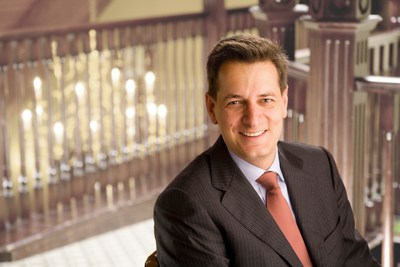 Nils Hopmann, Russell Reynolds Associates