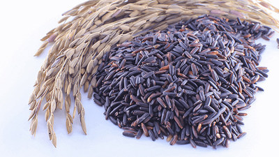 The wholesome riceberry grain is rich in antioxidants such as beta-carotene, gama oryzanol, vitamin E, zinc and folic acid. (Dept. of Foreign Trade, Ministry of Commerce, Thailand) (CNW Group/North America Asean Consultants Inc.)