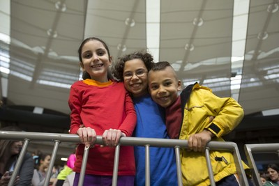 Le rapport mondial de l'UNICEF, intitulé Bilan Innocenti 14 : Bâtir l'avenir, révèle que le Canada se classe au 25e rang sur 41 pays riches relativement au bien-être de l'enfant. (Groupe CNW/UNICEF Canada)