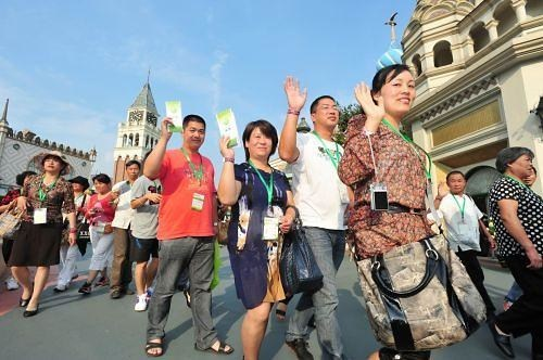 Chinese Global Travel Shoppers Spend More than $220 Billion Annually Shopping Around The World
